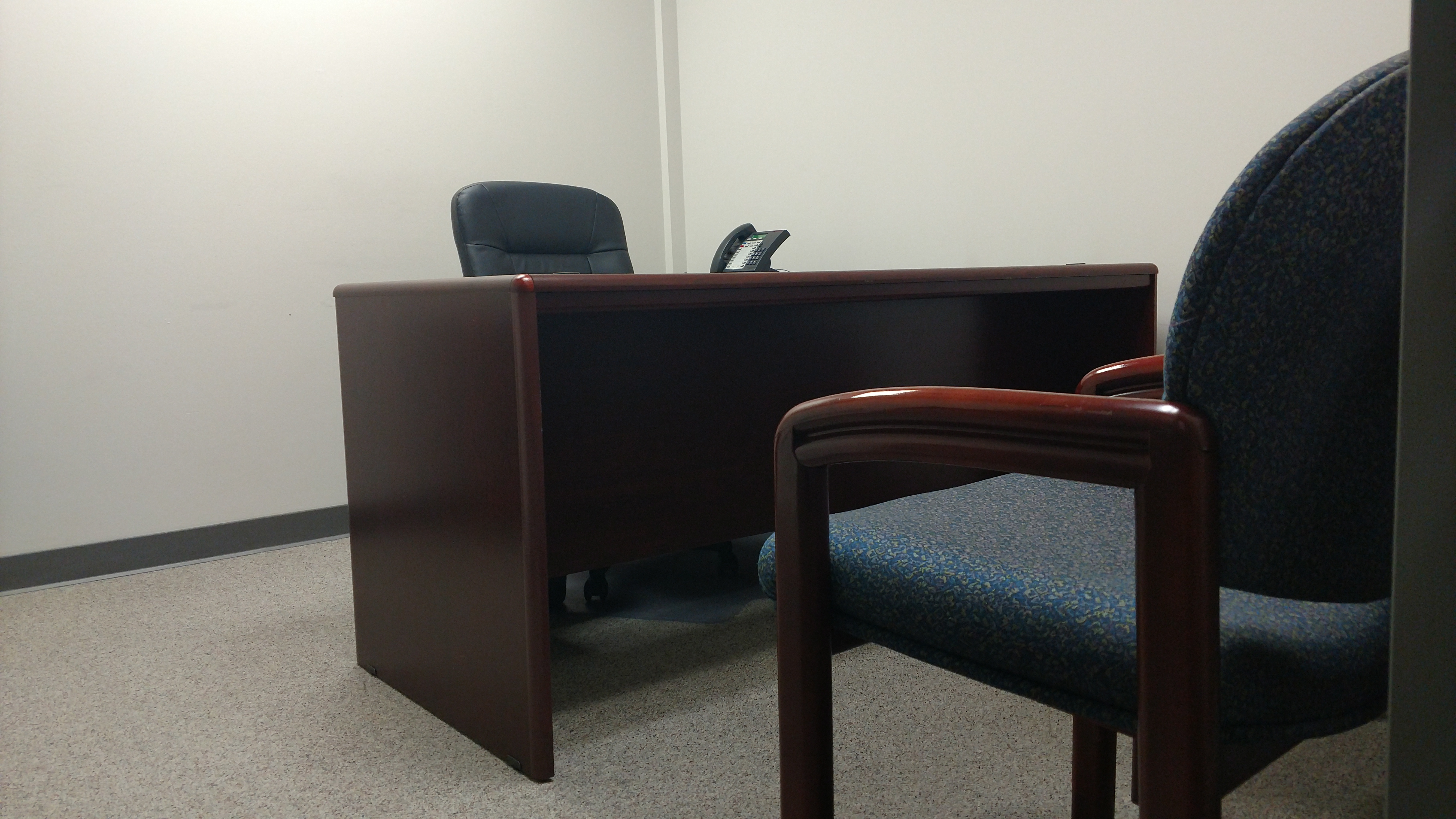 Small Nashville Office Available Offices  Perimeter Park - Nashville office furniture